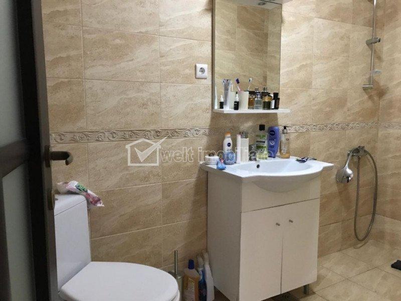 Apartament 3 camere, decomandat, 123 mp, 3 terase, garaj subteran, zona Clujana