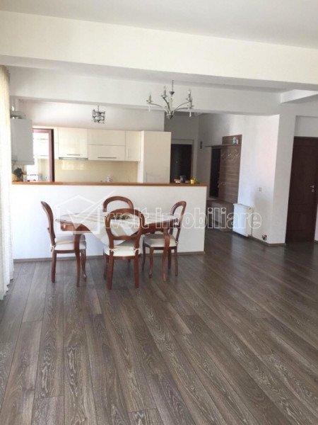 Vanzare apartament 3 camere confort sporit, superfinisat, zona Europa - Zorilor