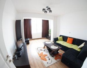 Apartament 2 camere, decomandat, recent renovat, in zona Piata Mihai Viteazu