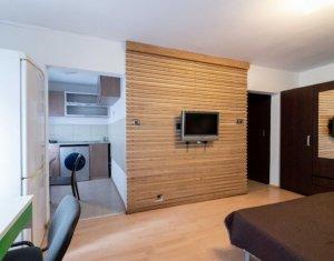 Garsoniera lux, confort 1, 28 mp, Zorilor, zona UMF