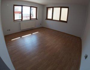 Vanzare apartament finisat cu 2 camere bloc nou, zona semicentrala