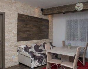 Vanzare apartament 3 camere, situat in Floresti, zona Stejarului