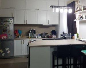 Vanzare apartament cu 3 camere pe doua nivele, utrafinisat, zona Terra