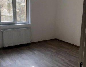 Apartament de vanzare 3 camere, ultrafinisat, zona Alverna