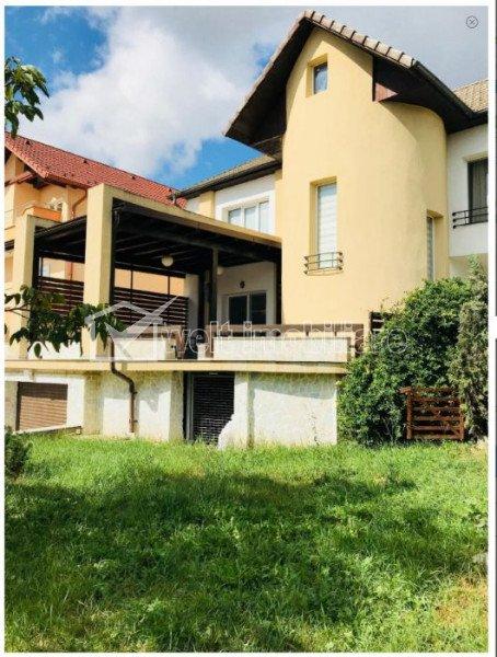 Casa superba mobilata si utilata in Dambul Rotund