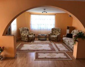 Ház 6 szobák eladó on Floresti
