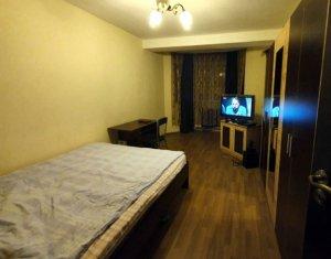 Apartament de inchiriat 3 camere, decomandat, zona Expo Transilvania