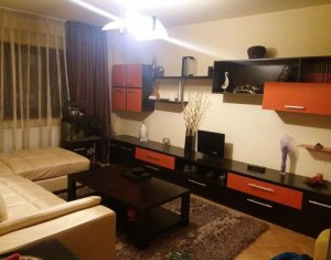 Apartament 3 camere, 70 mp, decomandat, in Marasti, zona Farmec