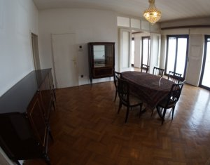 Apartment 5 rooms for sale in Cluj Napoca, zone Centru