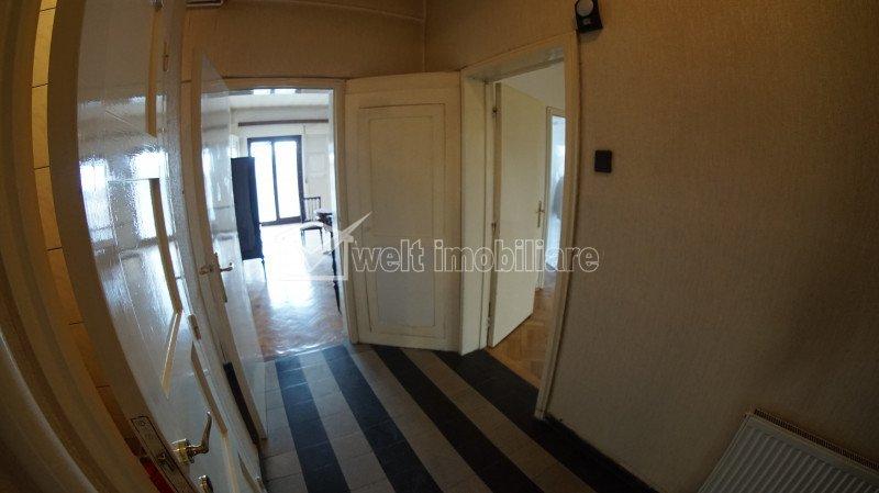 Exclusivitate! Vanzare apartament cu 5 camere in Centru, Piata Lucian Blaga