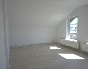 Vanzare apartament renovat, 4 camere, zona Plopilor, Floresti