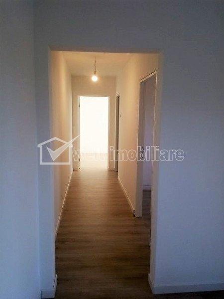 Apartament 3 camere ultrafinisat, etaj intermediar zona Complex Diana Gheorgheni