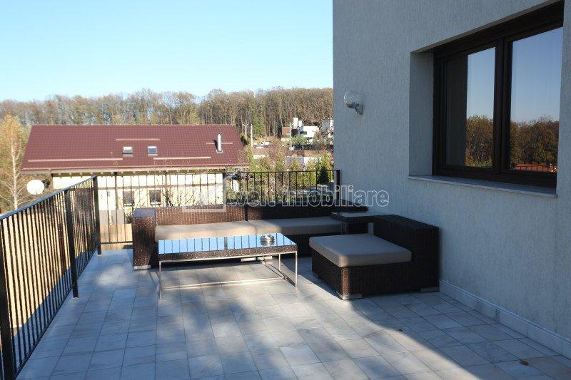 Maison 7 chambres à louer dans Cluj-napoca, zone Faget