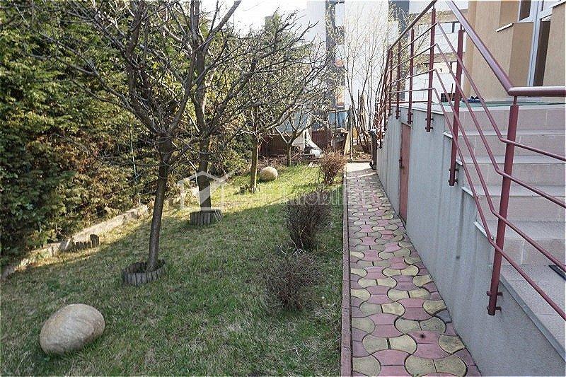 Vila Buna Ziua 245mp, 7 camere, 616mp teren pozitie excelenta