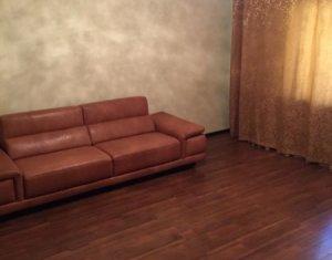 Apartament spatios cu 3 camere, decomandat, 86 mp, pe strada Dorobantilor