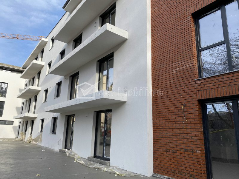 Apartament 2 camere, zona Teatrului National !