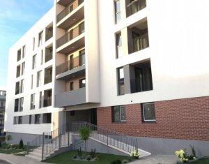 Vanzare apartament 2 camere, confort sporit, superfinisat, cu parcare subterana