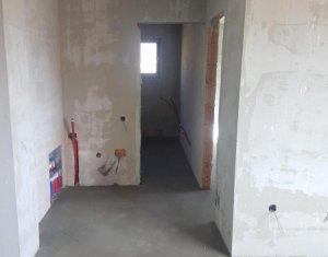 Vindem apartament 2 camere, etaj intermediar, strada Stejarului, Floresti