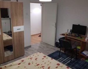 Appartement 3 chambres à vendre dans Cluj-napoca, zone Manastur