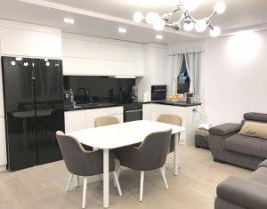 Vanzare apartament 3 camere, superfinisat lux, parcare subterana, zona Vivo