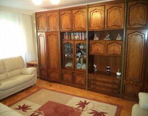 Apartament cu 4 camere, de vanzare, Slatina, Marasti