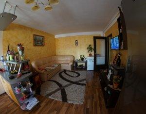 Apartament 3 camere cu parcare, Calea Baciului