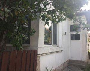 Casa de vanzare cu doua apartamente, Marasti, zona Clujana