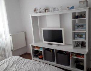Vindem apartament 2 camere, la cheie, etaj intermediar, strada Porii, Floresti