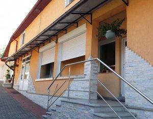 Ház 7 szobák eladó on Baciu