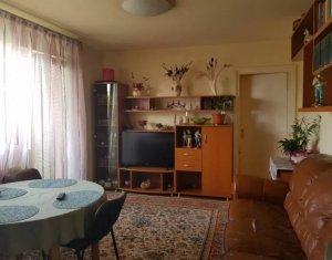 Apartament cu 3 camere de vanzare, Gheorgheni