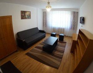 Apartament cu 3 camere, zona Cipariu, ideal studenti, la 5 minute de centru