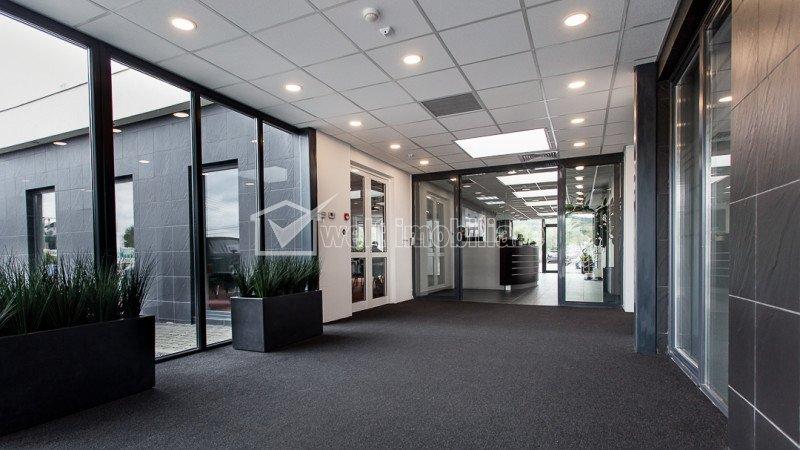 Inchiriere birouri Business Center, 324mp open space, zona Vivo Polus