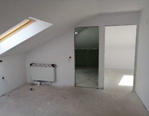 Vindem apartament 2 camere, semifinisat, zona Florilor, Floresti