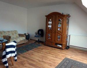 Vanzare apartament cu o camera in Floresti, strada Porii