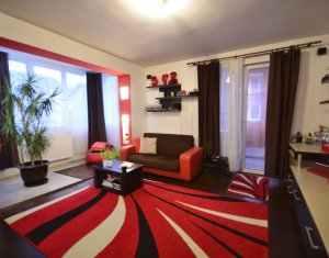 Vindem apartament 2 camere, spatios, etaj intermediar, ultracentral, Floresti
