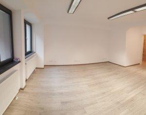 Spatiu pentru birouri, 65mp open-space, semicentral