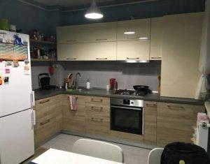 Apartament de vanzare 2 camere decomandat, mobilat/utilat, Intre Lacuri, etaj 1