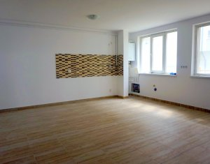 Office for rent in Floresti