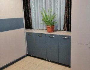 Apartament cu 3 camere, Plopilor, bloc nou