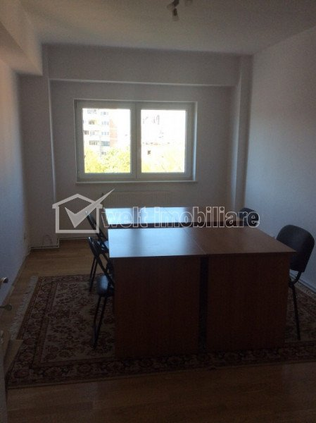 Inchiriere apartament cu 2 camere Titulescu, piata Cipariu