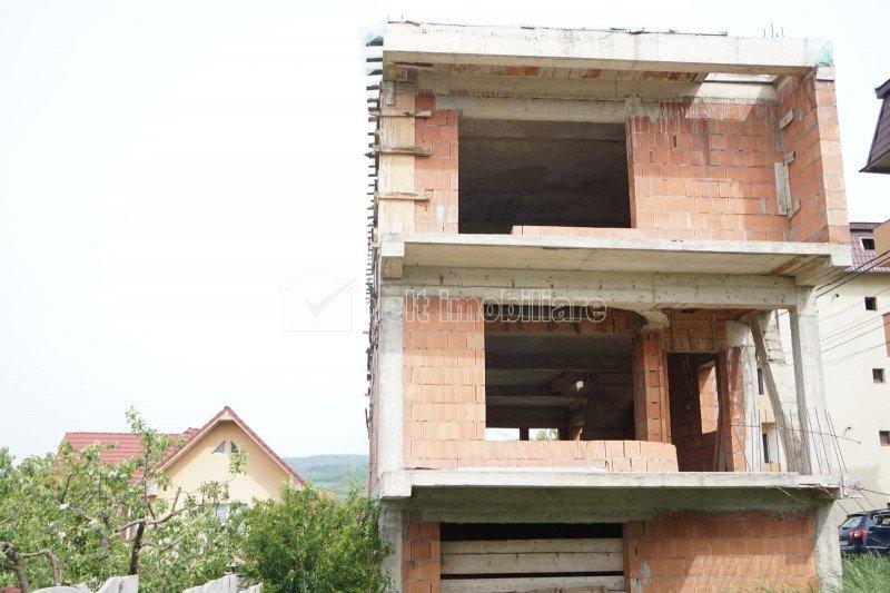 Vila 300mp, 1000mp teren, asfalt, utilitati, Baciu