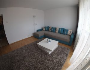 Apartament de 3 camere, decomandat, 64 mp, etaj intermediar, Zorilor