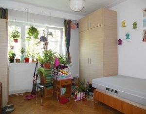 Apartament cu 3 camere in Manastur zona McDonald's