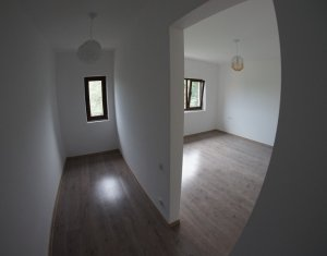 Inchiriere Casa individuala 4 camere zona Campului