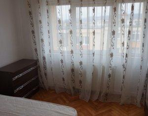 Exclusivitate! Vanzare apartament cu 2 camere decomandat zona Intre Lacuri