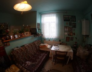 Vand apartament la casa, Gheorgheni, zona strazii Veliciu, 10 minute de centru