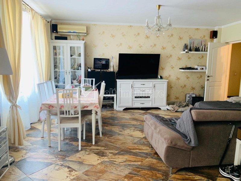 Appartement 3 chambres à vendre dans Cluj-napoca, zone Borhanci