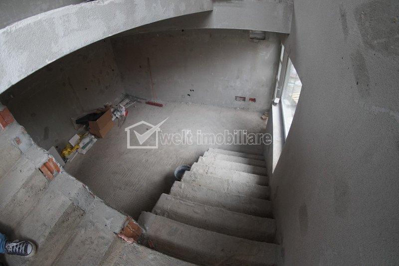 Apartament 4 camere, in vila, imobil nou, Dambul Rotund