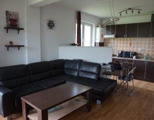 Apartament de 3 camere pe 2 niveluri in Buna Ziua