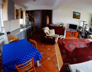 Vand apartament 97 mp, decomandat + garaj, Gheorgheni, negociabil